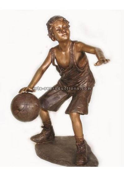 Statue Enfant basket Bronze